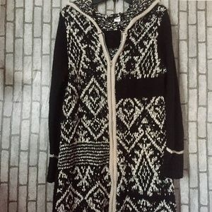 Sweaters - Knitted hooded cardigan